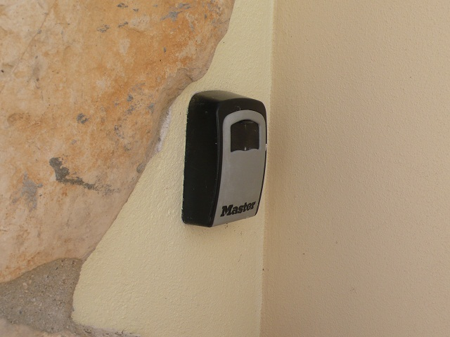 key safe allows access to your home when you are not there