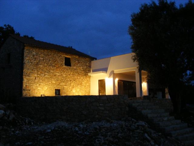 external ilumination of a house