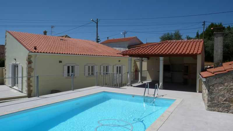 detached 2 bed villa