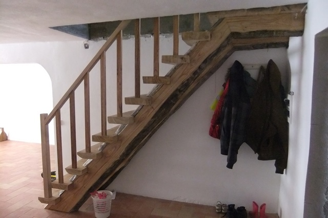 Hand Made Rustic Staircase, Walnut Rustic Staircase, Hardwood Rustic  Staircase,