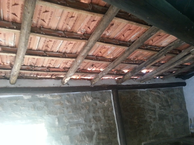 rising damp penetrating damp condensation salt damp chemical damp leaking terrace leaking. Black Bedroom Furniture Sets. Home Design Ideas