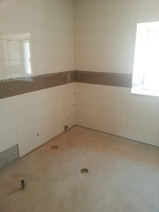 bathroom questions, portugal, new bathroom portugal, portuguese bathroom, bathroom problems, castelo construction,dampfix portugal, dampfixpt.